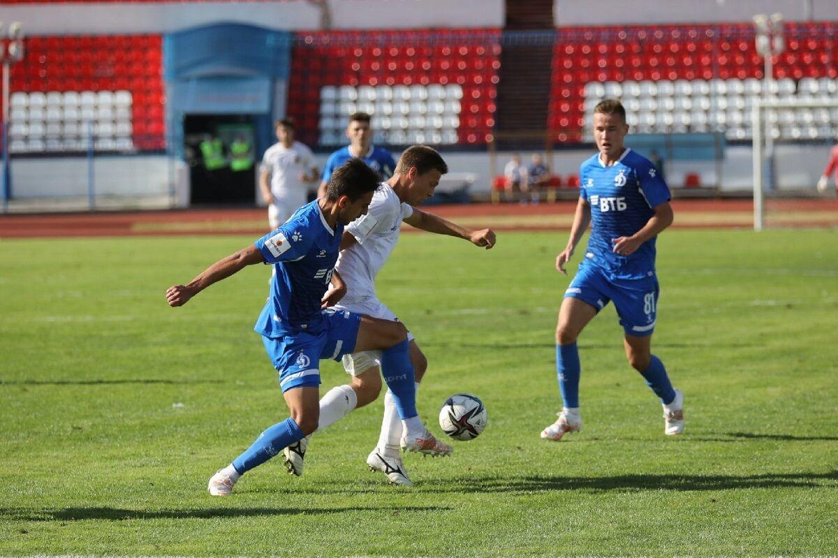 Футболисты «Динамо-2» разошлись миром с «Волной»