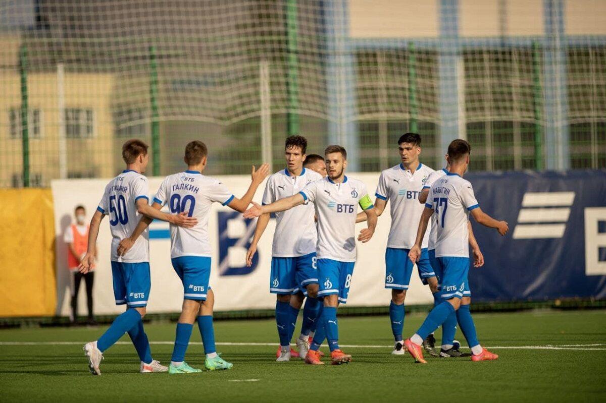 Футболисты «Динамо-2» разгромили «Знамя Труда»